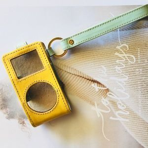 6hr sale ⬇️ KATE  SPADE Apple iPod mini case